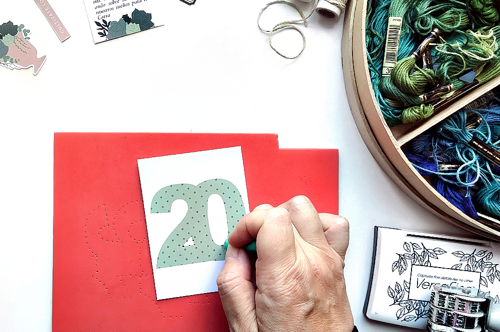How to do simple but flashy week number cards - Sahin Designs